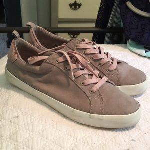 Suede tennis shoes